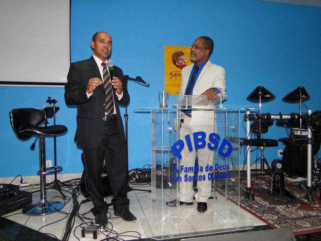 Pastores: Daniel de Columbia e Jorge Luiz Britto
