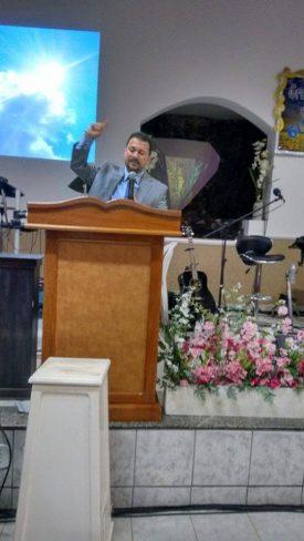 Pastor Denival Lopes